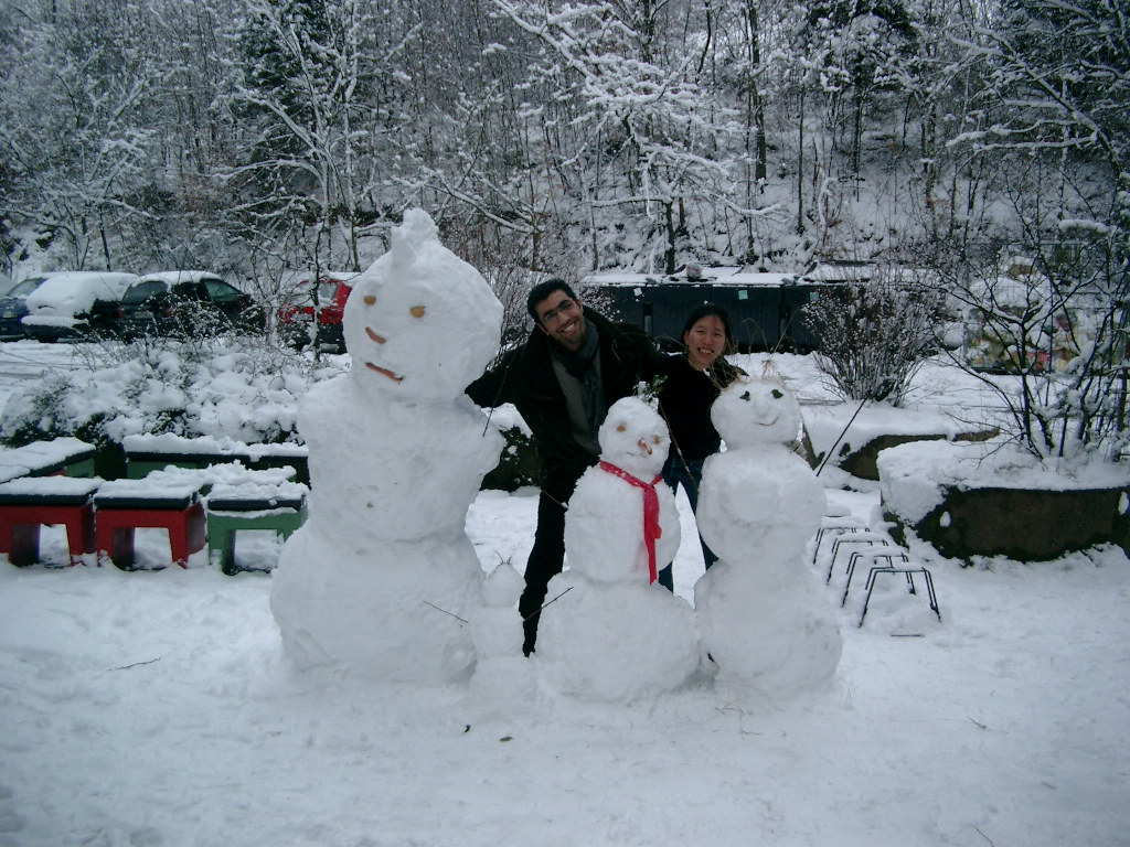 Snow People Saarbruecken - Amy McPherson