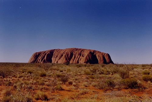 Uluru_FlickrCreativeCommons_Jayson Emery
