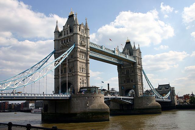 London-Tower-Bridge_WIKICOMMONS