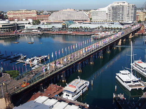 Pyrmont_Bridge_WIKICOMMONS-CC_Nick-D