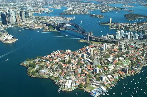 Sydney_Harbour_Bridge_from_the_air_WIKICOMMONS_Rodney Haywood