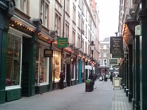 Harry Potter's Diagon Alley - Amy McPherson