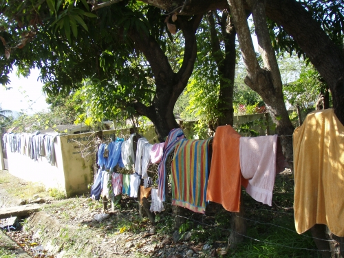 washing-clothes_MorgueFile_dorne
