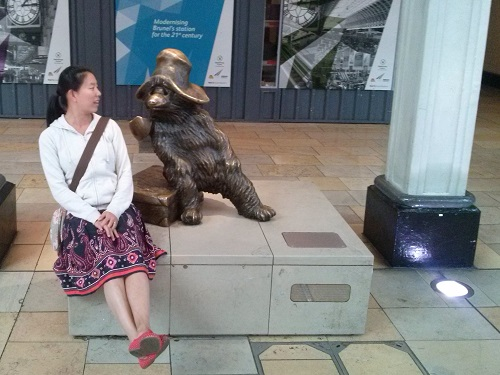 What do you say Paddington? What's your niche eh?