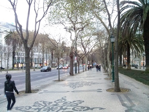Avenida of Lisbon is the main artery of road from the sea front. It's leafy and extremely pleasant to walk through, despite being the major road!