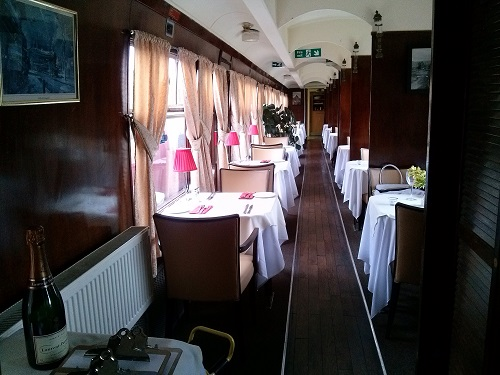 My favourite room: the dining car!